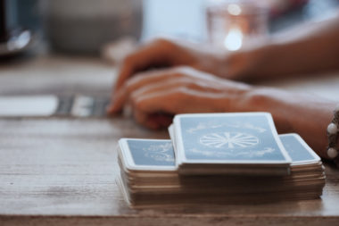 Themen Analyse, Therapeutisches Kartenlegen, Tarot, Erdlicht, lebensberatung, bewusst werden